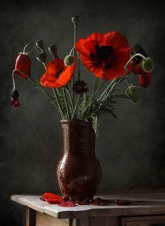 "Photo from album ""НАТЮРМОРТЫ - ЦВЕТЫ"" on Yandex. Art Floral, Still Life Flowers, Still Life Art, Still Life Photography, Art Plastique, Flower Photos, Watercolor Illustration, Flower Art, Floral Arrangements"