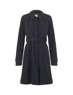Elegant coat with embroidery details - Black