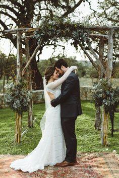 Bride and Groom at Thurmans Mansion | Salt Lick Wedding Venue | @saltlickbbq | Hill Country Wedding Venue