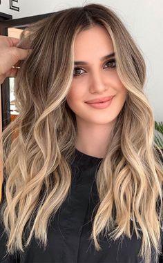Blonde Light Brown Hair, Ash Blonde Hair Balayage, Light Brunette Hair, Blonde Hair With Roots, Cool Blonde Hair, Cool Hair Color, Blonde Hair Shades, Dark Hair Colours, Natural Blonde Hair With Highlights