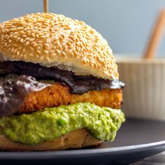 Tofu Burger with Pea and Caper Mayo. Thick slabs of crispy tofu nestled in a burger bun with a generous dollop of lemony green pea and caper mayo. Raw Food Recipes, Veggie Recipes, Vegetarian Recipes, Healthy Recipes, Veggie Meals, Vegan Food, Tofu Burger, Vegan Burgers, Burger Bun