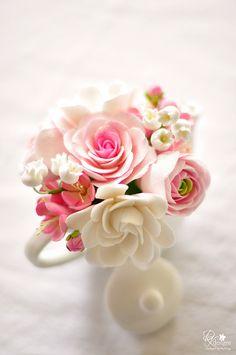 whitepinkteapot - sugar flowers