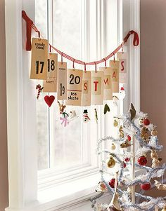 instead of candy canes and snowmen use the christmas story some really neat stuff some simple christmas decorating ideas - Christmas Window Decorations