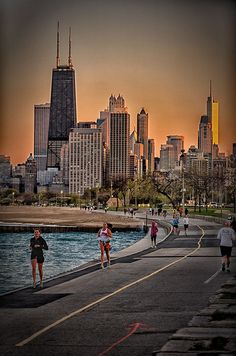 Runners along The Lakefront, Chicago, Illinois
