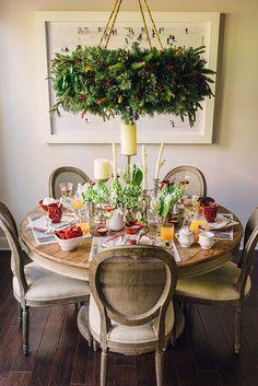 Christmas Day Brunch table via Waiting on Martha. #laylagrayce #holiday #entertaining