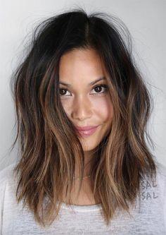 Messy Hairstyles for Medium Length Hair balayage, 24 Fresh Medium Hairstyl Hair Day, New Hair, Medium Hair Styles, Short Hair Styles, Great Hair, Messy Hairstyles, Middle Hairstyles, Medium Hairstyles Women, Medium Brunette Hairstyles