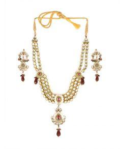 Golden Necklace Set with Floral Motif - Wedding  #Weddinglehengas #Weddinglenghas #Bridalwear #Indianwedding #Indianweddings #Weddings #Fashion #Indian #Desi #SouthAsianWeddings #WeddingWear #Asian #Embroidered #Lehengas #Lenghas #New #DesignerWear #IndianDesigners