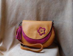 Voici ce que je viens d'ajouter dans ma boutique #etsy : Sac à main en cuir http://etsy.me/2FNiVMa #sacsetpochettes #rose #jaune #fuchsia #creation #cuir #sacamain #femme #cadeau