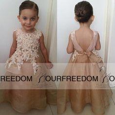 2016 Schöne A-Linie Applikationen Rückenfrei Blume Mädchen Kleider Crew-Ausschnitt Floor-Length Organza Kleines Mädchen Pageant Kleid