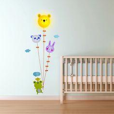 Lampe et Stickers Toise Ourson et Ballons. Kas Design, Distributeurs de produits originaux.