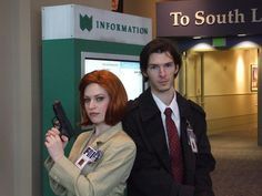 DIY '90s Halloween Costumes |  Scully and Mulder From The X-Files