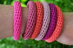 14 FREE Bracelets Crochet Patterns