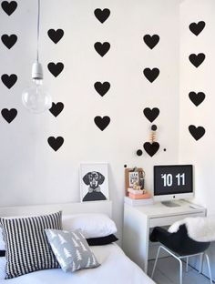 Diy decorao for girls room wall decorations pictures ideas Girl Room, Girls Bedroom, Diy Room Decor, Bedroom Decor, Home Decor, Decoration Creche, Wall Decorations, Decorating With Pictures, Diy Décoration
