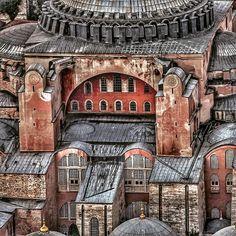 "ahguzelistanbul: "" Ayasofya-İstanbul By emrkrm """