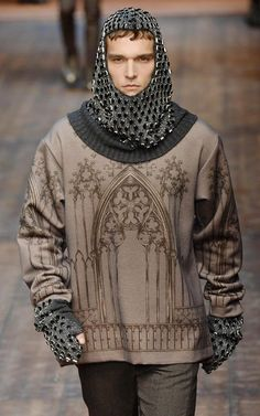 haute couture fashion Archives - Best Fashion Tips Dolce & Gabbana, Middle Age Fashion, Fairy Tale Costumes, Late Middle Ages, Haute Couture Fashion, Costume Design, Cool Style, Graphic Sweatshirt, Fashion Tips