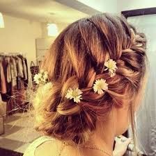 Cute french braid updo - bridesmaid hairstyle (without the flowers) Boho Hairstyles, Pretty Hairstyles, Wedding Hairstyles, Bridesmaids Hairstyles, Hairstyles Pictures, Style Hairstyle, Hair Pictures, French Braid Updo, Hair Dos