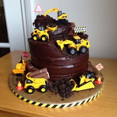 35 ideas for birthday party construction food ideas digger cake - Truck birthday - Birthday Digger Birthday Cake, Digger Birthday Parties, Birthday Cake Kids Boys, Digger Cake, 3rd Birthday Cakes, Construction Birthday Parties, Construction Cakes, Digger Party, 4th Birthday