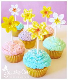 spring cupcake toppers - paper daffodils - Easter cupcakes - spring birthday party ideas - baby shower ideas