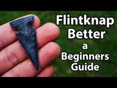 Flint Knapping for Beginners, level up - YouTube Cool Knives, Knives And Swords, Survival Skills, Survival Hacks, Survival Stuff, Bow And Arrow Diy, Flint Knapping, Primitive Crafts, Level Up
