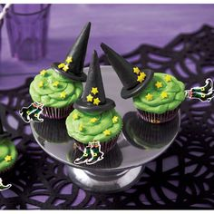 """I'm Melting"" Witch Cupcakes from @michaelsstores.  Reminiscent of that famous melting witch, these cupcakes will be the hit of your Halloween party!"