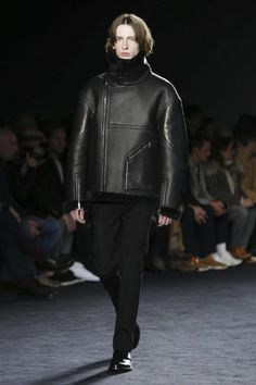 Coverage of the Jil Sander Autumn/Winter 2016 menswear collection