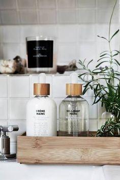 DOMINO:11 Things Every Small Bathroom Needs