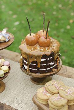New Birthday Cake Ideas For Adults Women Chocolate Ganache 32 Ideas Fall Dessert Recipes, Fall Desserts, Fall Recipes, Dessert Decoration, Dessert Table, Fall Birthday Cakes, 70th Birthday, Birthday Ideas, Birthday Cake Ideas For Adults Women