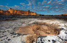 Altamura (Bari), ore15.50. La cava Pontrelli, il sito scoperto nel 1999, dove si trovano circa trentamila impronte di dinosauri. Foto di Rocco De Benedictis Fonte: Sette