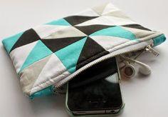 Geometric DIY Makeup Bag | AllFreeSewing.com