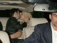 Christina Aguilera Photos Photos - Christina Aguilera celebrated her engagement to Jordan Bratman at the Buffalo Club in Santa Monica.There were about 120 guests including Sean Penn, Matthew McConaughey, Penelope Cruz, and other friends and family. - Celebrities Kissing