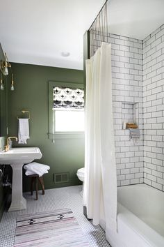 Bathroom Shower Track with Ball Chain | the Hunted Interior | Bloglovin'