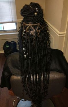 Women enjoy wearing box braids because these braids not only allow them to extend the length of their hair, but they can also wear different hairstyles with box braids. Box Braids Hairstyles, Black Girl Braided Hairstyles, Black Girl Braids, Braids For Black Hair, Girls Braids, African Hairstyles, Girl Hairstyles, Trendy Hairstyles, Kid Braids