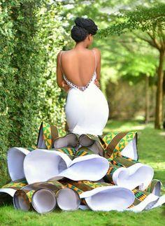 Bridal List: Viral 2019 Ghanaian 🇬🇭 Jaw-Dropping Kente Wedding Dress A Bride Must Have Trendy Ankara Styles, Kente Styles, Ankara Gown Styles, African Wedding Attire, African Attire, African Dress, African Style, African Wedding Dress Designers, African Print Wedding Dress