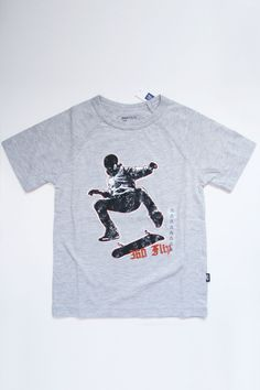 EllieLou Wear: GAP Kids T-Shirt, Heathered Gray with Applique Skateboarder, New With Tags (Size XS 4 - 5) - $5.95 (You Save 65% off retail)