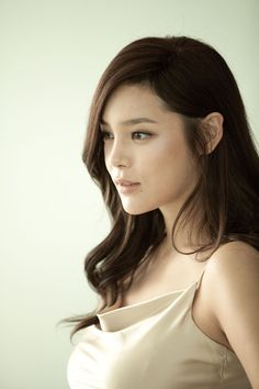 Hm, don't know what to think about this...  Actress Park Si Yeon investigated for propofol abuse