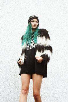 Vague: Monochrome Faux Fur grunge bohemain