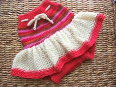 Hand Knitted Wool Cloth Diaper Cover Skirt Soaker Wool Nappy Cover Diaper Wrap Baby Diaper Cover size Medium 6 -12 Months.