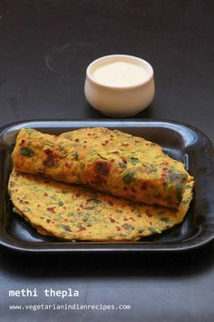 thepla recipe - tasty and easy to make breakfast recipe  #indianfood #food #recipes #vegetarian #breakfast #snack