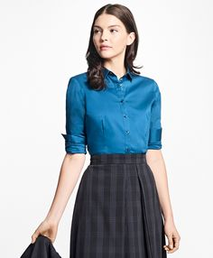 Tailored Fit Stretch Cotton Blouse