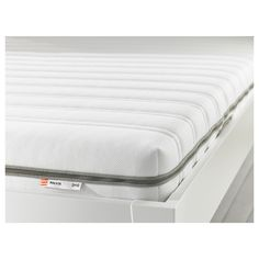 MALVIK Foam mattress IKEA Get all-over support and comfort with a resilient foam mattress. A generous layer of soft fillings adds support and comfort. Latex Mattress, Foam Mattress, Best Mattress, Mattress Covers, Banquette 2 Places, Brimnes, Lit Simple, Mattress Springs, Bedrooms