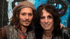 Johnny plays guitar - Alice Cooper Christmas Gig