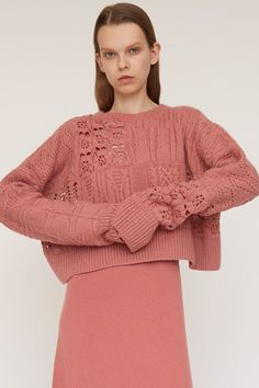 Ryan Roche Resort 2018 Fashion Show Knitwear Fashion, Knit Fashion, Sweater Fashion, Fashion Show, Summer Knitting, Hand Knitting, Pullover Mode, Knitting Designs, Knit Patterns