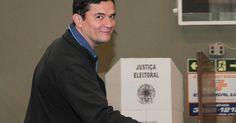 Juiz federal Sérgio Moro vota no bairro Bacacheri em Curitiba - Globo.com