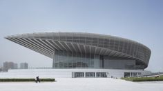 Completed in 2009 in Tianjin, China. Images by Christian Gahl. The Grand Theater occupies the key position in the newly built Culture Park of Tianjin. The circular shape of the roof construction corresponds with. Amazing Architecture, Contemporary Architecture, Architecture Details, Interior Architecture, Theater Architecture, Interior Design, China Architecture, Cultural Architecture, Tianjin