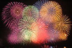 Nagaoka, Japanese most famous fireworks festival by somafire, via Flickr