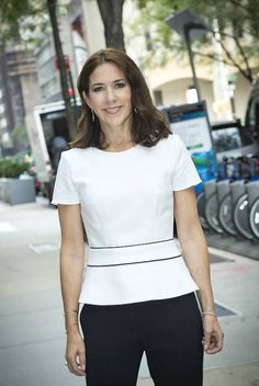 """steadybouquetladylove:  """"Crown Princess Mary is in Paris today for the opening of the OECD Forum & will attend a dinner hosted by the Danish Ambassador to the OECD. (05/06/2017)  """""""