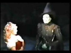 Wicked - Elphaba (Idina Menzel) & Glinda (Kristin Chenoweth) - For good (KP)