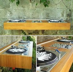 (Image credit: Apartment Therapy) The wall mountable turntable station, the Pult Drei by Stella Moebel.[via GizmoWatch] Dj Equipment For Sale, Dj Stand, Record Stand, Record Player, Turntable Setup, Dj Table, Tables, Dj Decks, Studio Desk