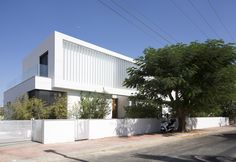 Gallery of LB House / Shachar- Rozenfeld architects - 28