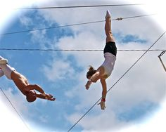 Experience the extraordinary physical exhilaration of flying on the trapeze. Trapeze Austin offers 1 and 2 hour classes that will teach you the basics of the art of the flying trapeze.